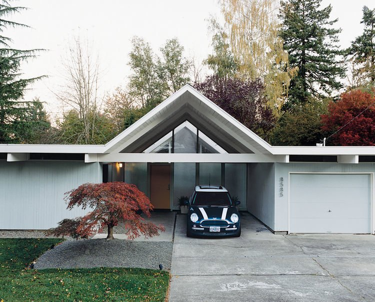 Segerholt Residence Exterior Driveway
