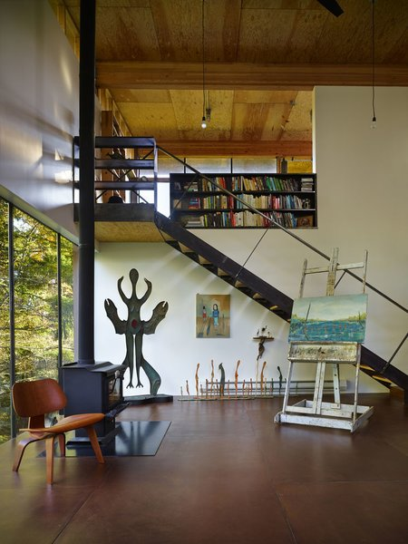 "Hoover's favorite aspect of the house is its calm mood and ""the quietude and solace I experience while inside,"" she says.  Photo 8 of Scavenger Studio modern home"