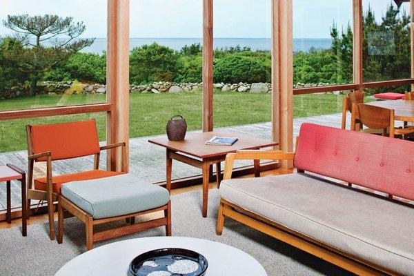 Rinsom Residence Interior Living Room Photo 3 of Risom Residence modern home