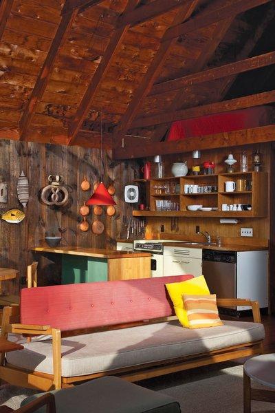 Rinsom Residence Interior Living Room  Photo 6 of Risom Residence modern home