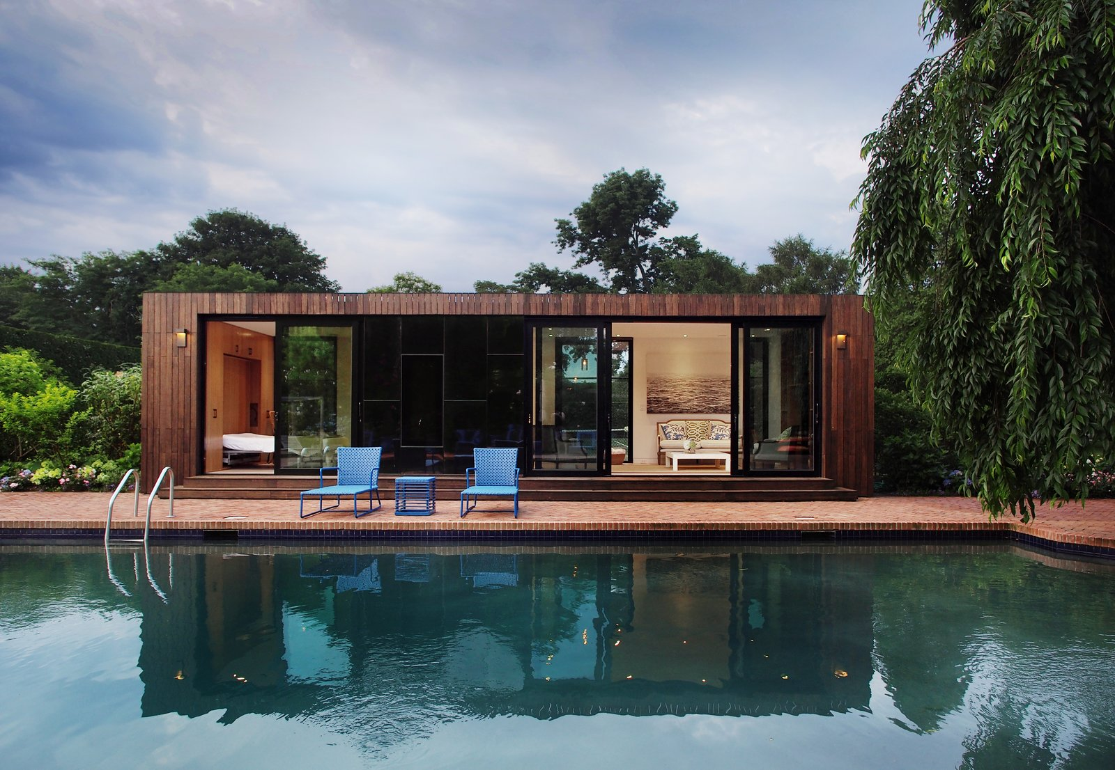 #prefab #pool #chair #modern #architecture #modernarchitecture #tree #glass