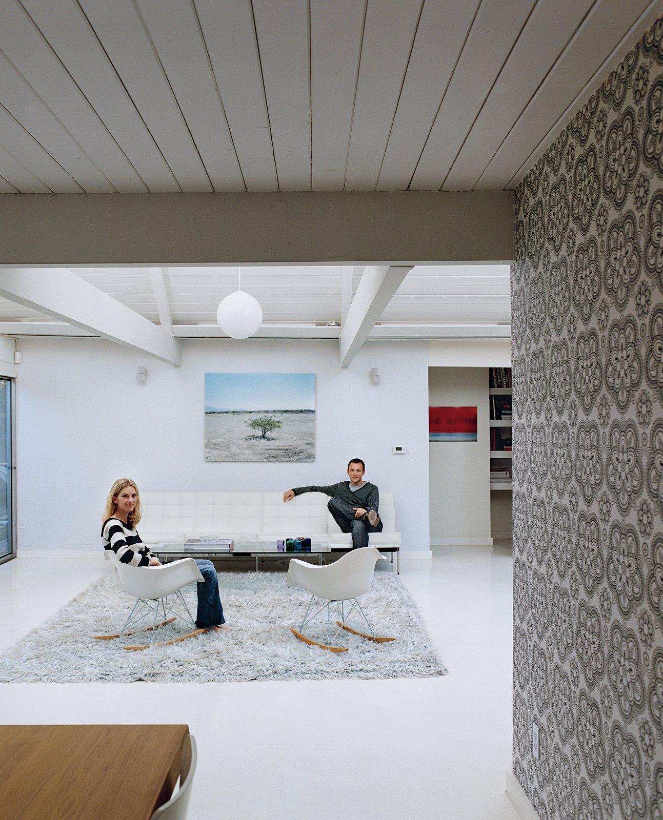 #midcenturymodern #Eames #HermanMiller #rockingchair #pattern #white #wallpaper #RobertRummer #Portland #Oregon