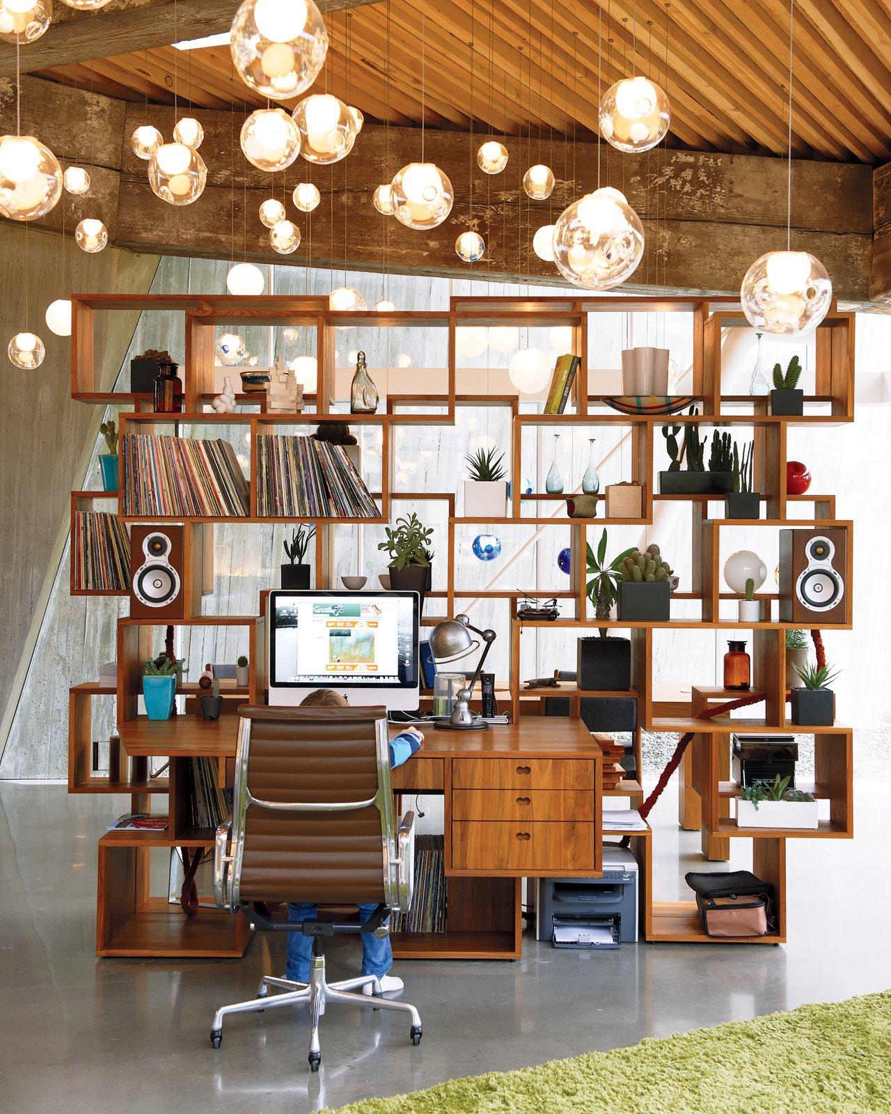 #office #lighting #circleceilinglamp #bookcase #stackedshelving #woodshelving #interior #inside #workspace #storage
