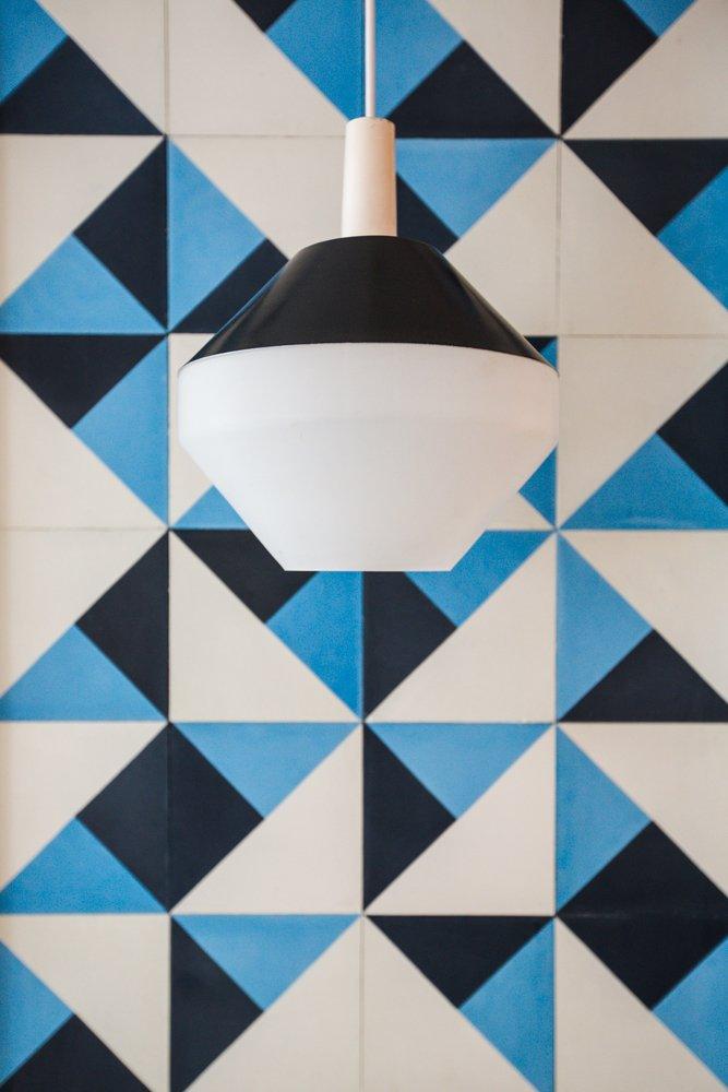 #pendant #amsterdammodern  #blackspunaluminum #vintage #pilastro #diamondmilkglass #lighting #interior #modern #tile