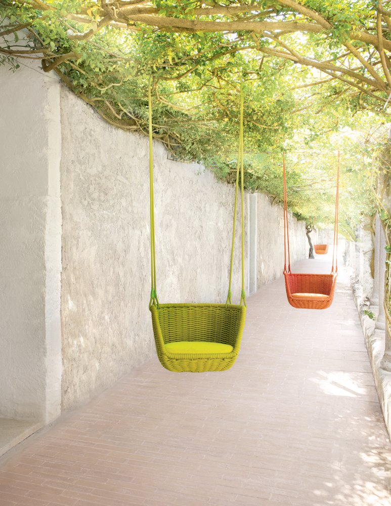 #seatingdesign #outdoor #outside #exterior #suspended #seat #FrancescoRota #PaolaLenti #LongHouseReserve #EastHampton #NewYork  100+ Best Modern Seating Designs by Dwell