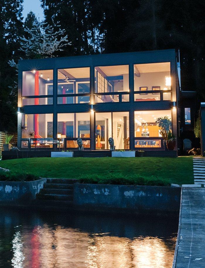 #beachhouses #exterior #outside #outdoors #modern #midcentury #landscape #windows #lighting #lake #Seattle #TheAquaLair #SchemataWorkshopInc. #BlipDesign