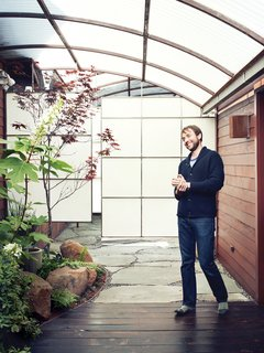 """The Tiny Hollywood Home of Mad Men's Vincent Kartheiser - Photo 5 of 13 - """"I believe that whenever you're hiring an artist, and Funn is an artist, he's going to do his best work if he's trusted,"""" says Kartheiser."""