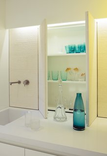 Bright Modern Laundry Room We'd Actually Like to Spend Time In - Photo 3 of 5 -
