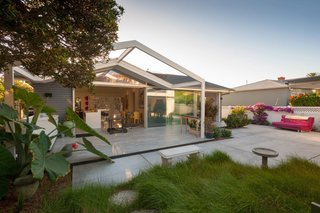 It's Time to Kick Off Dwell Home Tours—First Stop, San Diego - Photo 1 of 12 -
