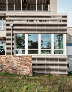 An Unconventional Prefab on Fishers Island - Photo 11 of 11 -