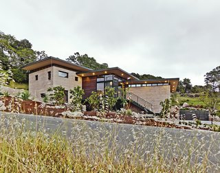 Ingenious New Building Method Replaces Concrete Block with Rammed Earth - Photo 1 of 10 -