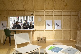 Four Designers Reimagine the Home in London's Trafalgar Square - Photo 3 of 12 -