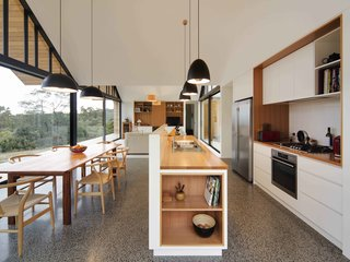 Superbe 20 Best Modern Kitchen Counters   Photo 3 Of 20   The Highlight Of This Open