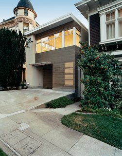 10 Modern San Francisco Homes - Photo 3 of 10 - The houses that circle San Francisco's Buena Vista Park run the gamut from wedding-cake Victorian to Scandinavian modern. Architect Cass Calder Smith aimed to create a facade that contextually relates to the adjacent ornate ones—yet is purely modern.