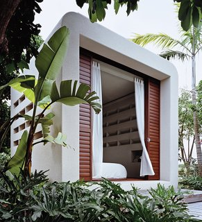 Small, Green, And Mighty: Hurricane Proof Prefab   Photo 1 Of 2