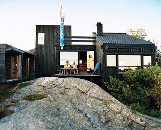 Norwegian Wood - Photo 1 of 9 -
