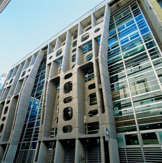 Clorindo Testa's imposing Banco de Londres in the city center is a prime example of Brutalist architecture.