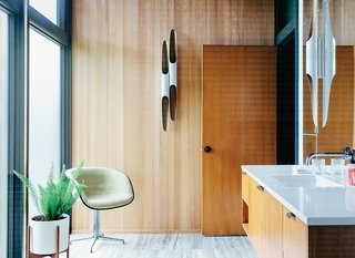 Midcentury Renovation in Portland Capitalizes on Nature with Seven Doors to the Outside - Photo 10 of 19 -