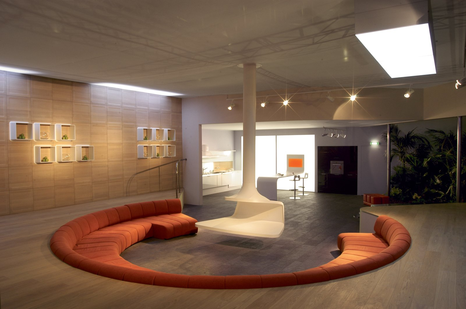 Casa Fluida featured an open layout of functionally flexible space inspired by the fluid city.