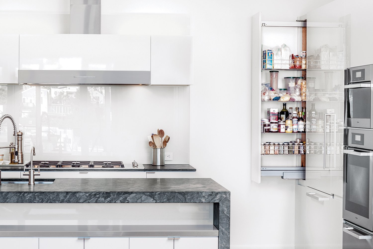 Painters Accomplished The High Gloss Finish On The Cabinets Of A Kitchen In  San Francisco