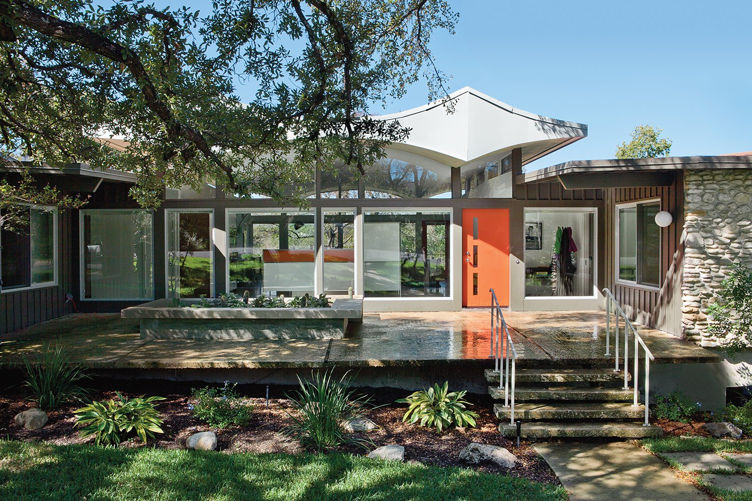 A renovated midcentury gem in austin dwell for Austin house