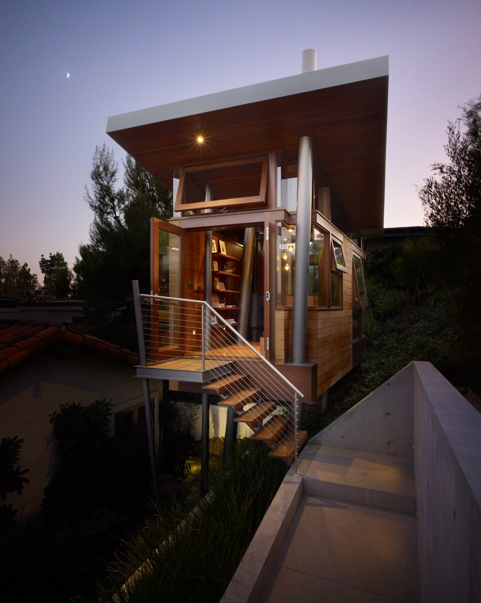A mere 172 square feet, the treehouse in the hills of Brentwood in Los Angeles was designed by Rockefeller Partners Architects, Inc. as a refuge, gallery and guest cottage