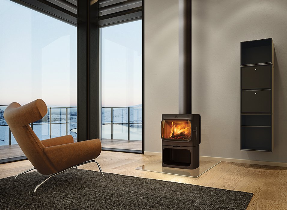 Anderssen & Voll's F 305 stove has a flat top that allows for secondary functions such as cooking and baking. The appliance is available worldwide as of November 2014; Jøtul is also planning to release a soapstone heat tray and an enamel cooktop for the stove in the upcoming months.