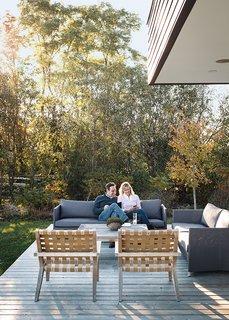 Modern Lakeside Retreat Stripped Down to the Basics - Photo 7 of 11 -