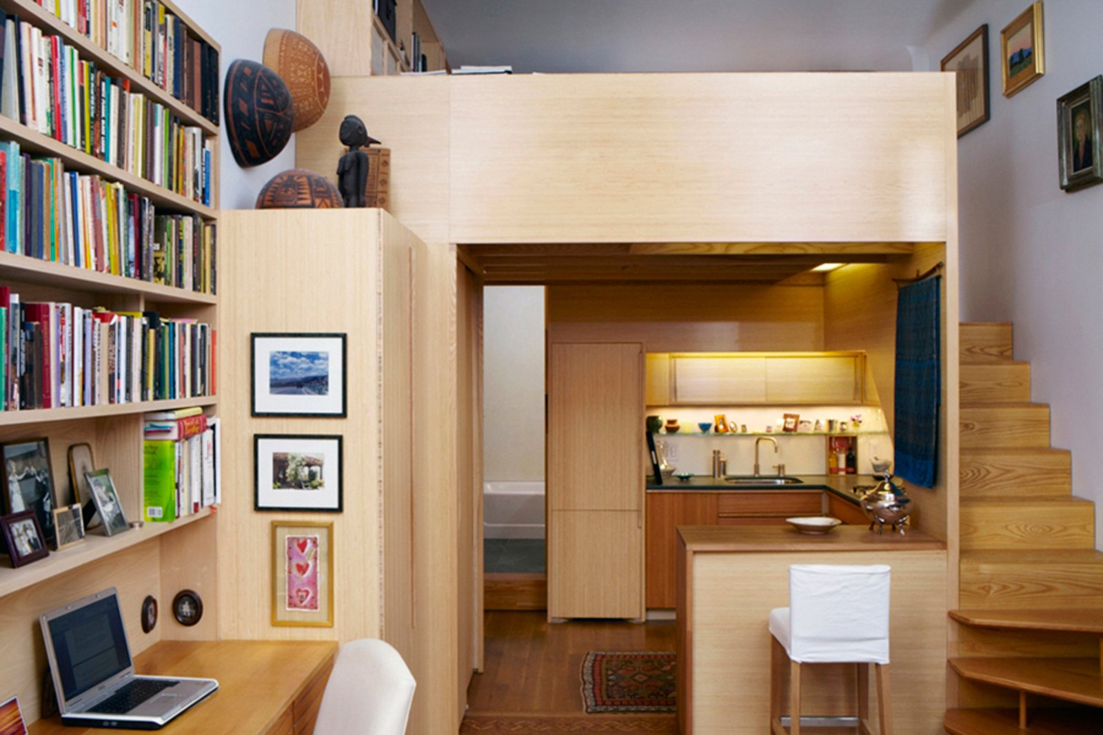 Faced with the challenge of a diminutive New York apartment in desperate need of a refresh, architect Tim Seggerman went straight to his toolbox to craft a Nakashima-inspired interior. Photo by David Engelhardt.
