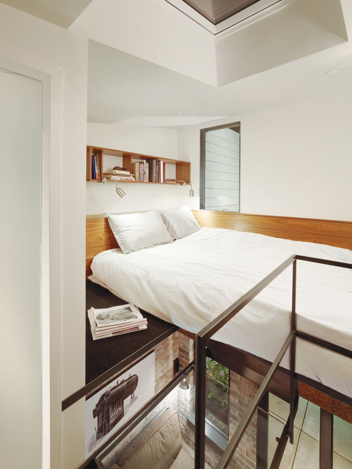 Make Your Space Look Bigger: 10 Lofted Bedrooms - Photo 1 of 10 - The