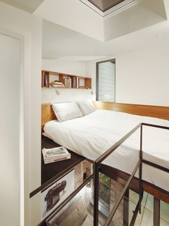 Modern lofted beds for tiny spaces dwell - Mezzanine bedlamp ...