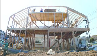 A shot of the Hansha Reflection House under construction. Photo courtesy of Studio SKLIM.