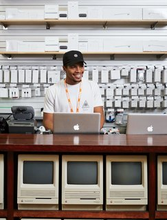 Meet the Tech Shop That's Been Fixing Macs Longer Than the Apple Store - Photo 3 of 7 -