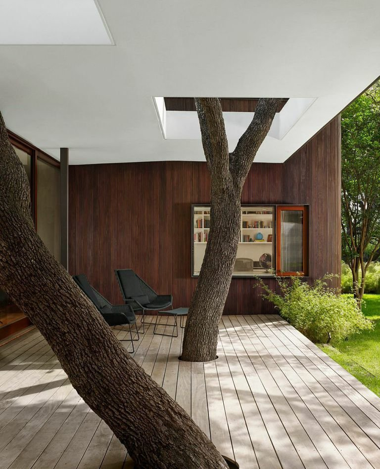 Another view of the deck.  Photo 3 of 7 in A Sensitive Modern House in Austin, Texas