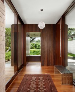 A Sensitive Modern House in Austin, Texas - Photo 6 of 7 -