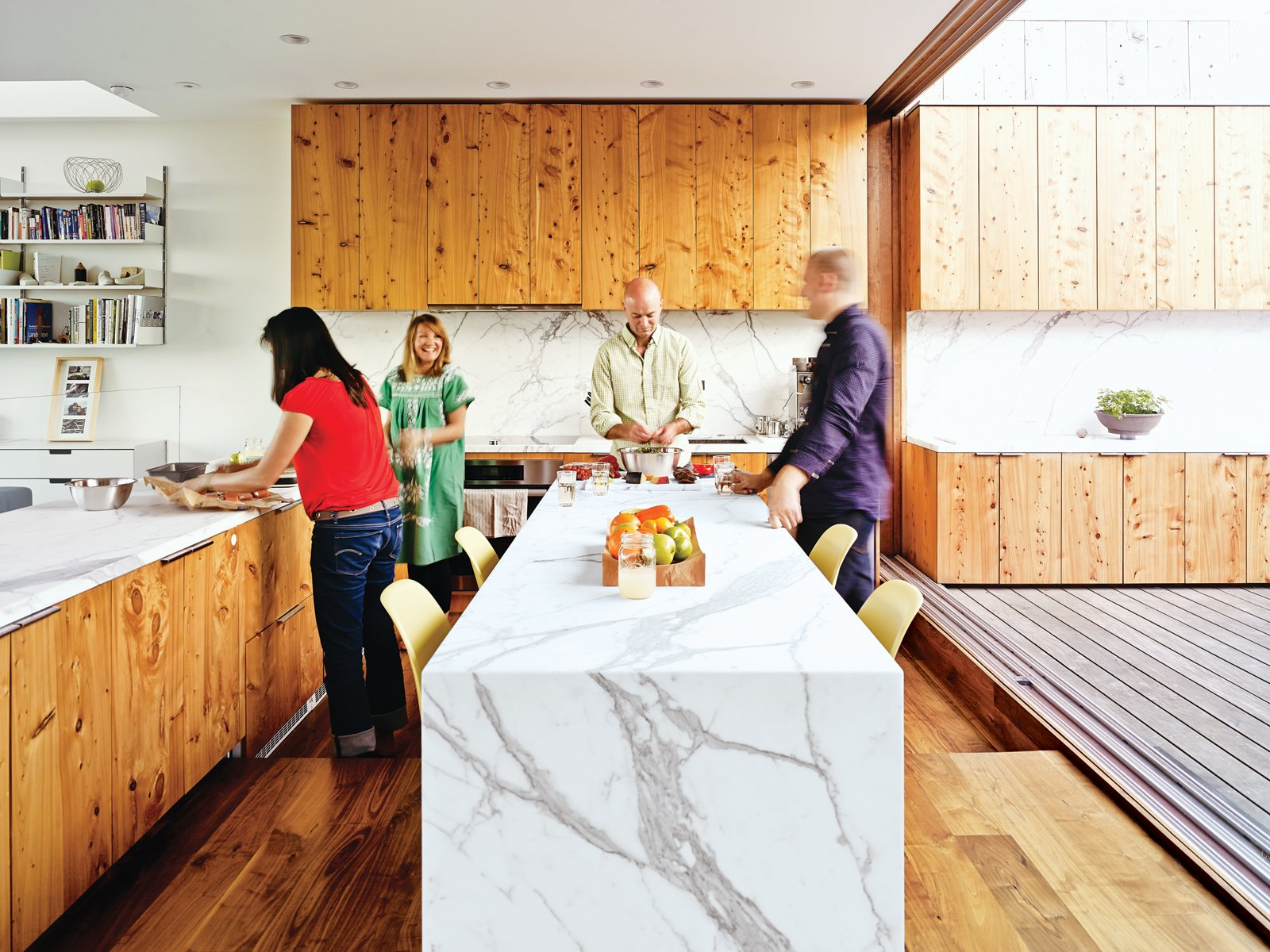 Superieur 10 Modern Examples That Show How To Use Marble In The Kitchen