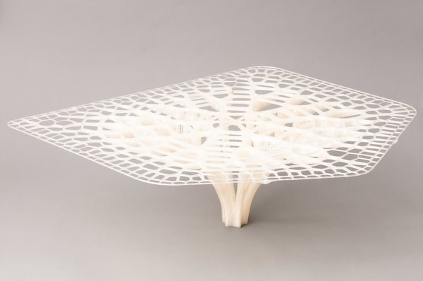 Table designed by Exploration Architecture with the BigRep Printer, based on the adaptive growth patterns of trees and bones.