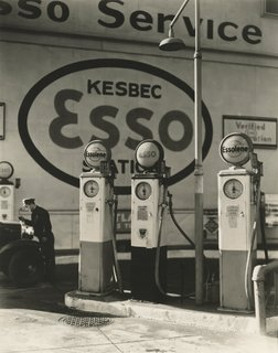Berenice Abbott. Esso Gasoline Station, 10th Avenue and 29th Street, New York, December 23, 1935. Gelatin silver print; printed c.1935.