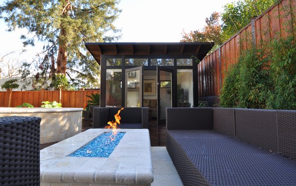 Insulated with denim and highly sealed, the sheds can also double as an outdoor room, like this outdoor living room in Palo Alto, California.