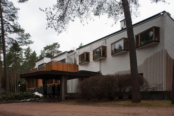 Villa Mairea (Noormarkku, Finland: 1939) <br><br>Created for industrialist Harry Gullichsen and his wife Marie, this private residence fused organic and modern styles and stands as a masterpiece. Curved shapes mixed with a literal forest of wooden columns inside the rural home, creating a flowing environment and harmony between the interior and exterior.<br><br>(Credit: LeonL, creative commons)