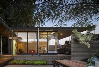 A Blissful Retreat Replaces a Scrap-Filled Yard in Seattle - Photo 1 of 7 -