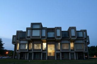 8 Endangered Modern Structures - Photo 7 of 9 -