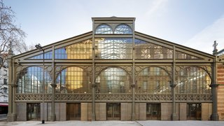Carreau du Temple: Parisian Poetry in Glass and Steel - Photo 1 of 9 -