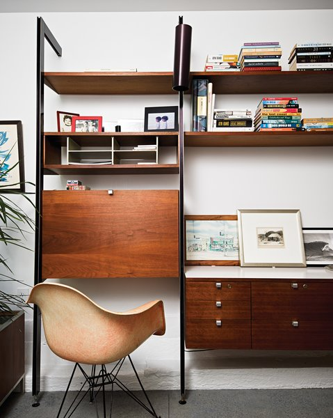 In Matt Jacobsen's Southern California ode to minimal living, the home office is decked out with an original Eames shell chair manufactured in Gardena, California, before production moved to Michigan.