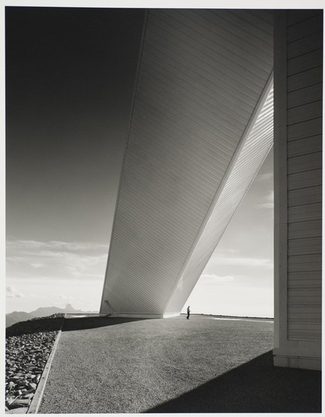 The McMath-Pierce Solar Telescope at Kitt Peak National Observatory, designed by Myron Goldsmith, photographed1962. Gelatin silver print. Carnegie Museum of Art, Purchase: gift of the Drue Heinz Trust. Image courtesy of the Carnegie Museum of Art, copyright Ezra Stoller/Esto, Yossi Milo Gallery.