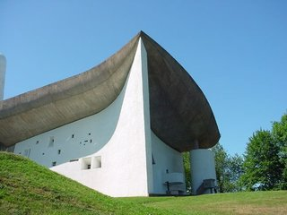 10 Inspiring Modern Churches - Photo 4 of 10 -