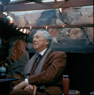 9 Things You Didn't Know About Frank Lloyd Wright - Photo 10 of 10 -