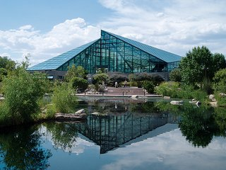 Ed Mazria - Photo 5 of 6 - The Rio Grande Botanic Garden Conservatory. Photograph by Craig Campbell.