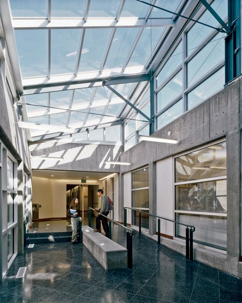 Mazria's wing for the University of New Mexico law school. Photograph by Robert Reck.