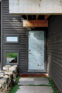 Scrap House - Photo 6 of 8 -